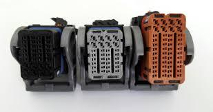 کانکتورهای ایسیو بوش ۷۴۴ مورد استفاده در پژو ۲۰۶ و پژو پارس